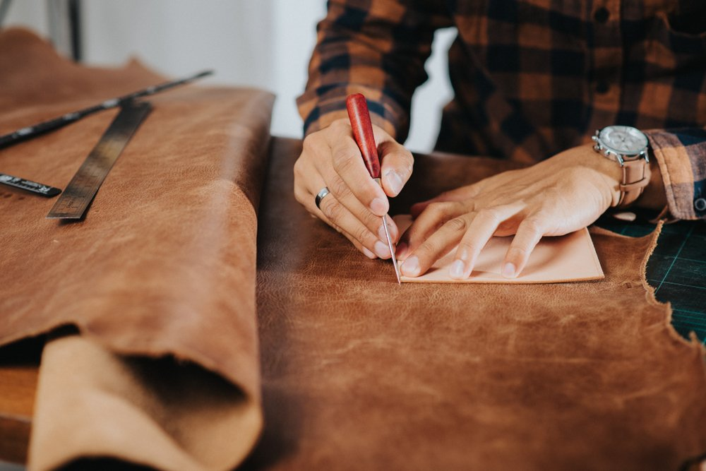 Nero-manetti-leather-craftsmanship-workshop