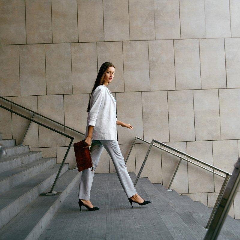 Premium-meeting-portfolio-for-women